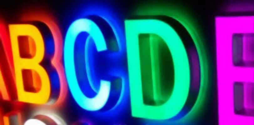 insegne-in-cristallo-luminoso-colorate