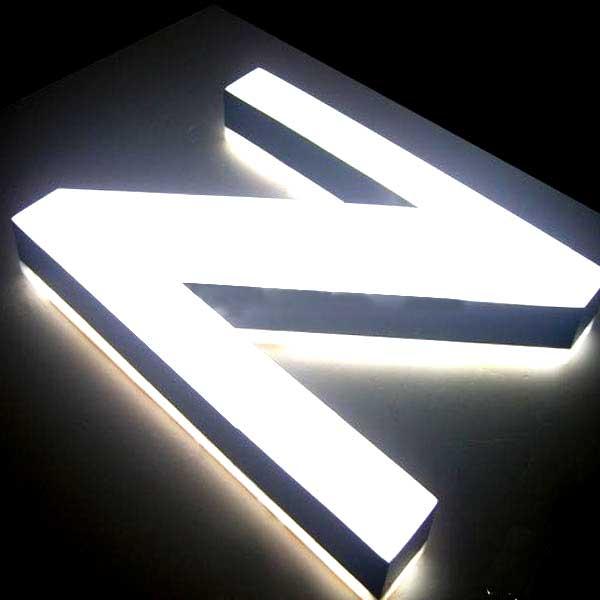 lettere-in-cristallo-luminoso-luce-fredda